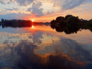 sunset-549677_640